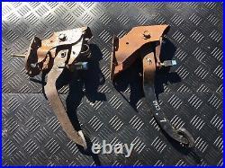 Brake/Clutch Pedal Box fit Nissan Skyline R32 GTR/GTST Manual Gearbox Conversio