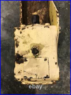 John Deere 60 Mower Deck Gear Box/Pulley fits 650 750 850 955 950-655 755 855